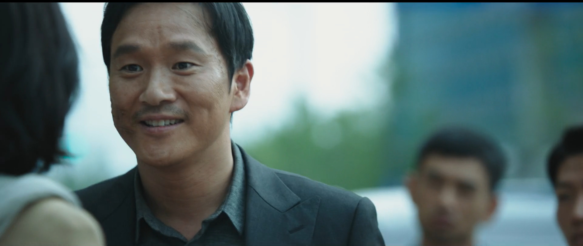 韩国动作悬疑电影《魔女》变异人不断反转剧情就为找自己的生父母 (6)