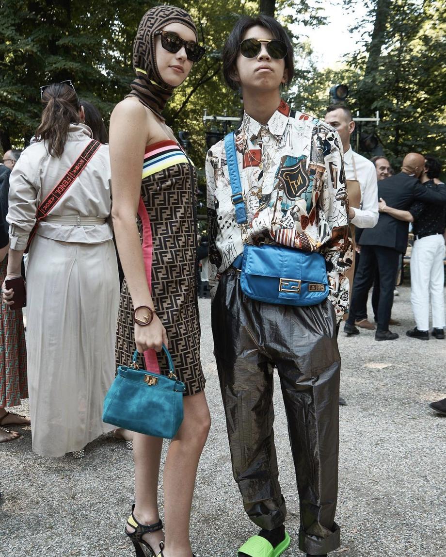 事业经营不错的纱荣子和小自己17岁的疑似男友交往 (7)