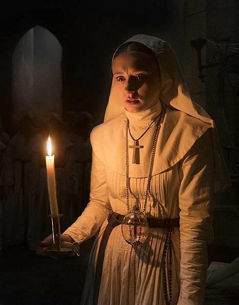 恐怖电影《鬼修女》故事情节过于单薄难有看点只能祈求宽恕 (3)