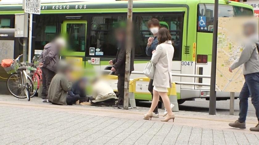 DTT-079戴眼镜的成熟人妻月岛ひかり(月岛光)报复丈夫而出道 (2)