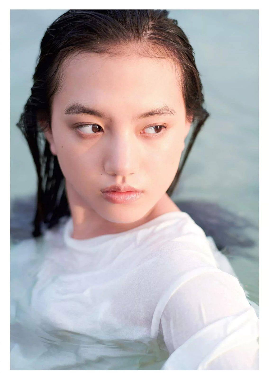 唇红齿白甜美微笑的清原果耶写真作品 (19)