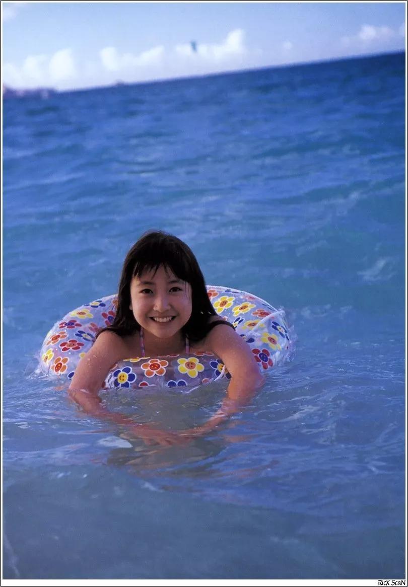 形象纯过蒸馏水的黑川智花《少女觉醒》的写真作品 (24)