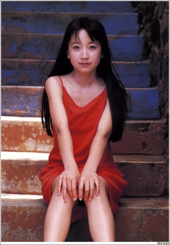 形象纯过蒸馏水的黑川智花《少女觉醒》的写真作品 (58)