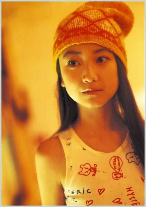 形象纯过蒸馏水的黑川智花《少女觉醒》的写真作品 (116)
