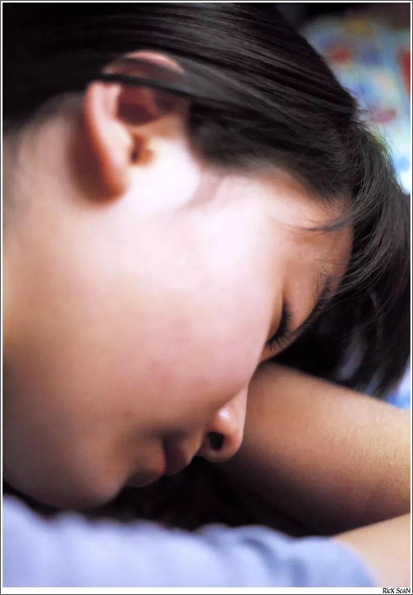 形象纯过蒸馏水的黑川智花《少女觉醒》的写真作品 (2)