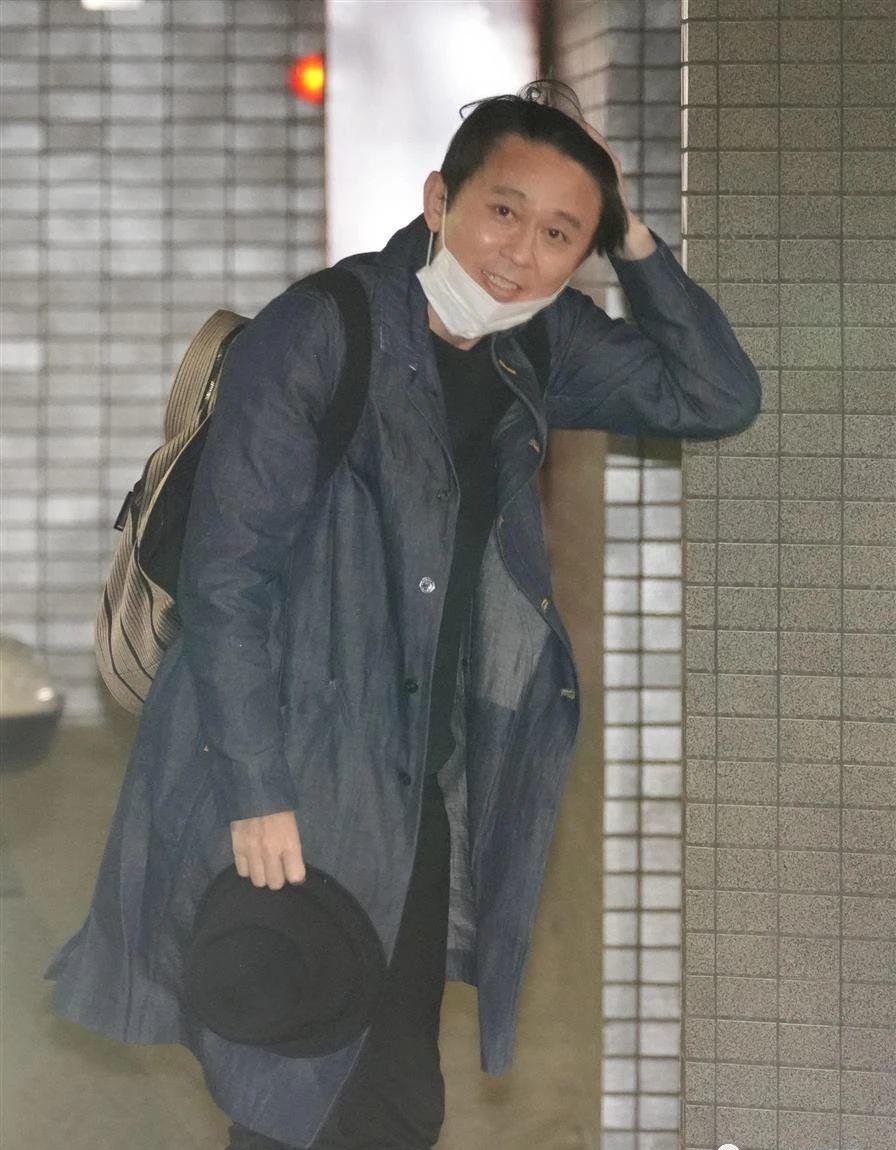 有吉弘行低调恋爱五年多,因为疫情隔离在家然而下定决心要结婚了 (4)