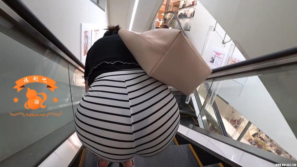 [福利吧]街拍霓虹肥KAO,裙子都要爆了