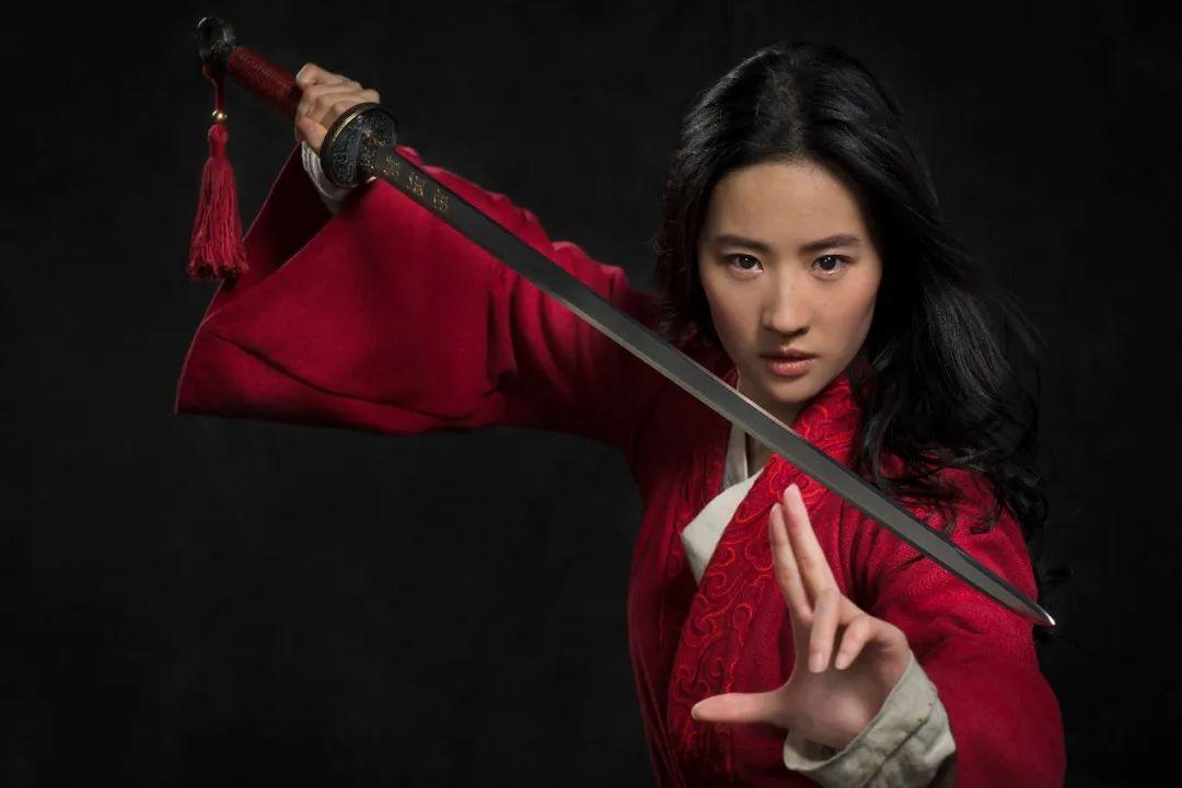 刘亦菲版《花木兰》配色也是电影亮点之一