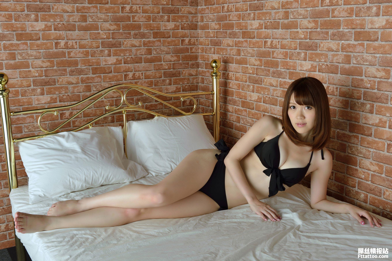 逆天美腿女王高桥彩华(高橋あやか)黑丝比基尼美女