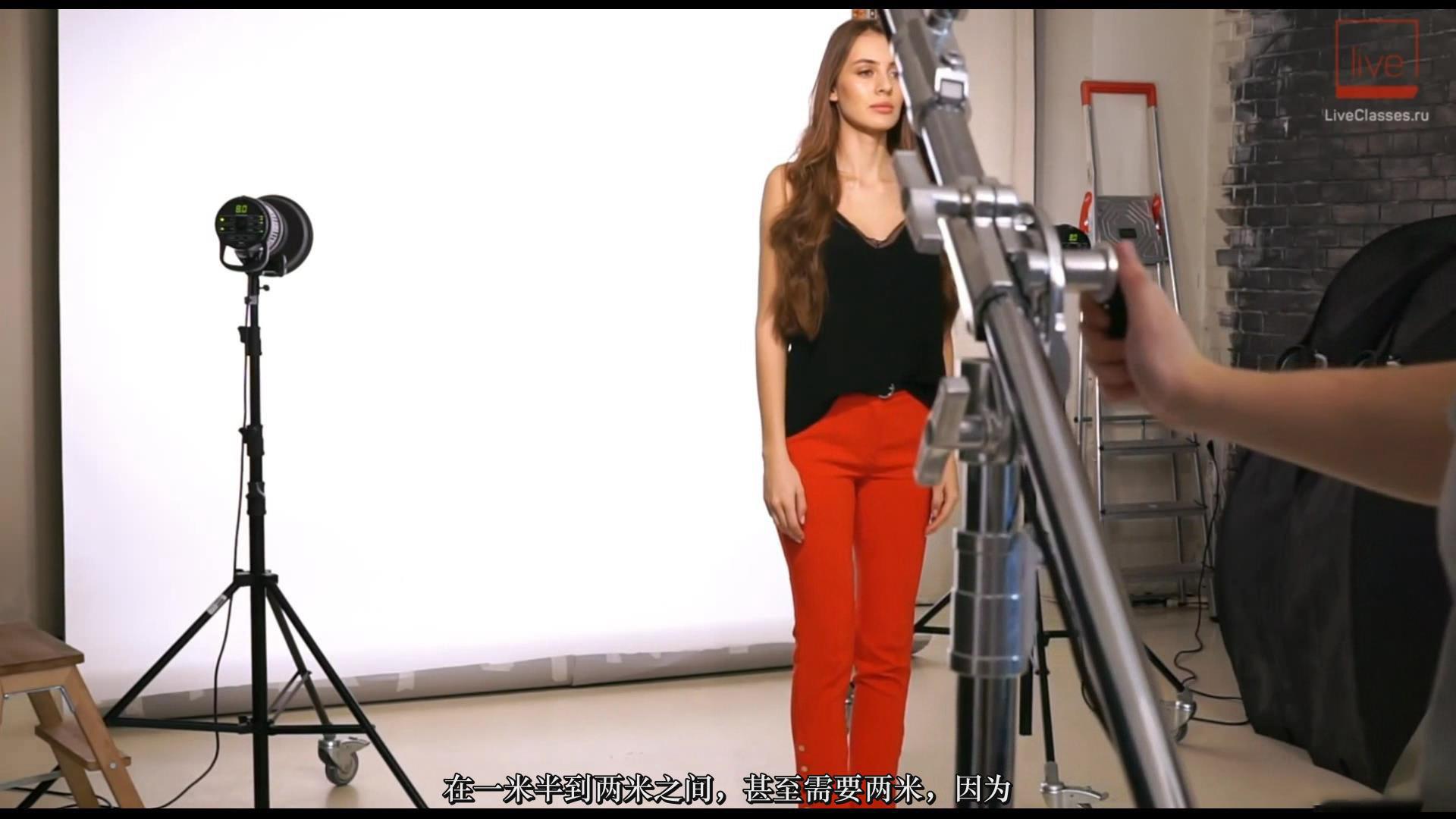 摄影教程_Liveclasses-Alexey Dovgulya使用强光或柔光拍摄酷炫工作室人像-中文字幕 摄影教程 _预览图12