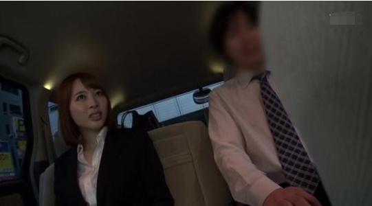 本田岬最终还是在老板的步步紧逼之下选择了屈服 福利吧 热图2