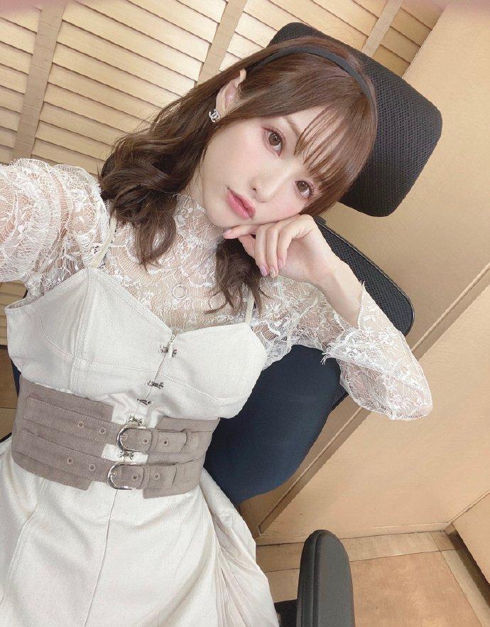 amatsuka_moe 1276888368551391232_p0