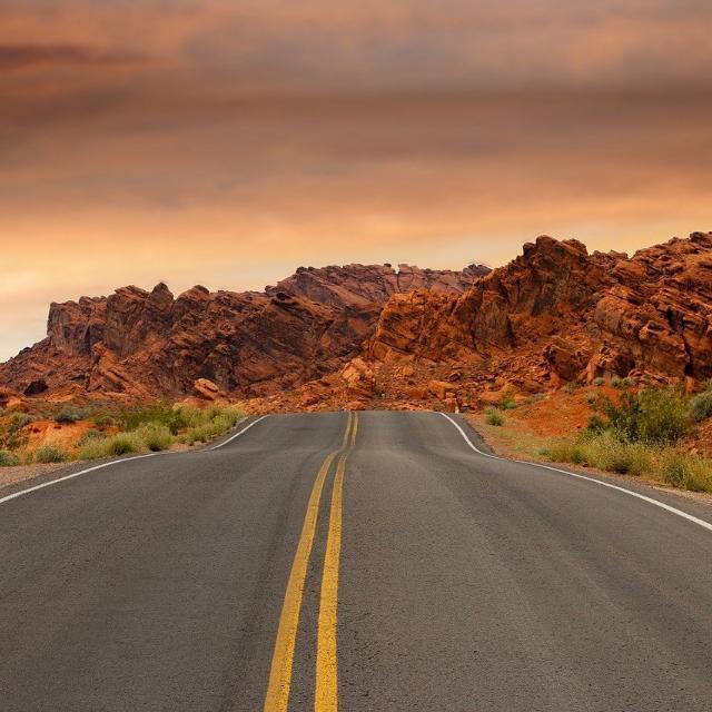 有哪些风景绝美的自驾旅行路线?