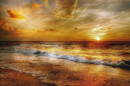 henne-strand-4075190__340