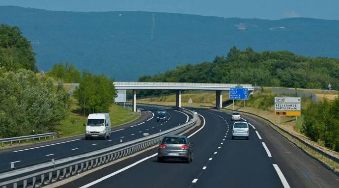 说几个高速行车需要注意的经验和教训