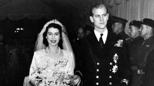 菲利普和女王这段姻缘,有个重要背景,就是一战造成的欧洲王族圈大撕裂